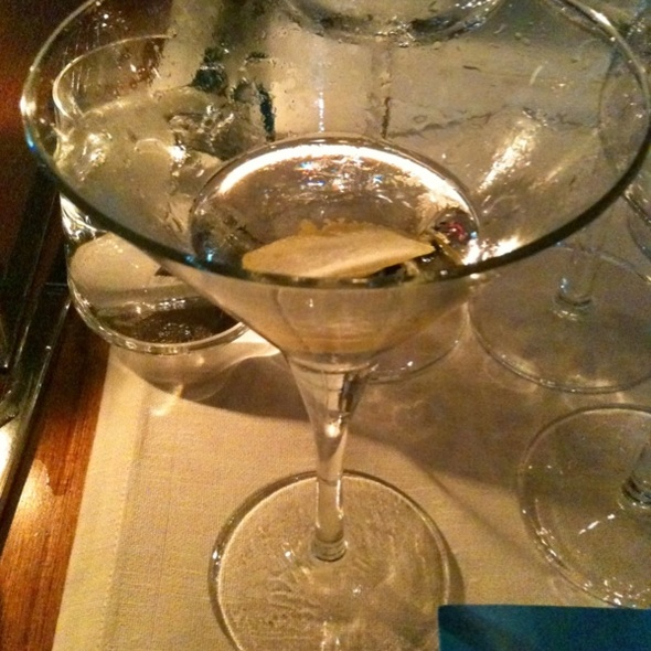 Dry Martini @ Restaurang & Bar Avalon