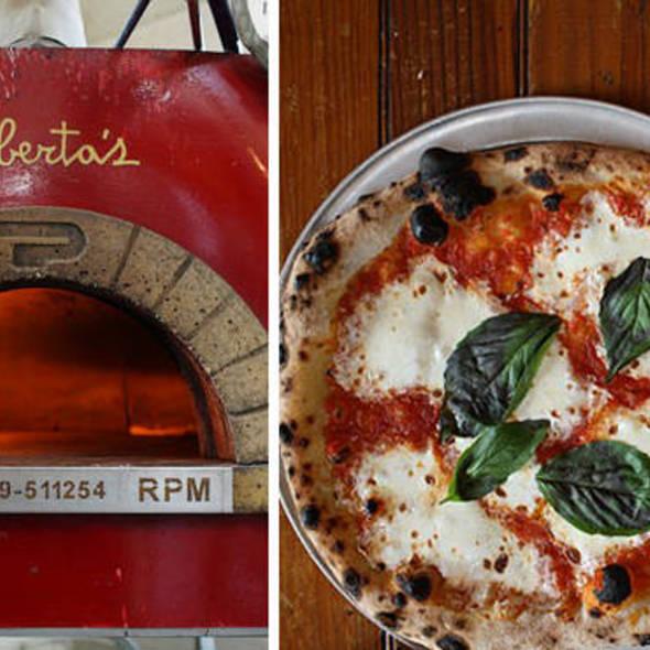 Neopolitan Pizza @ Roberta's