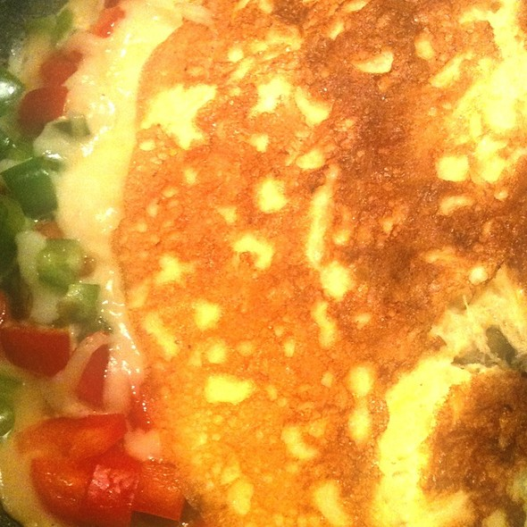 Capsicum, Mushroom & Cheese Omelette  @ Home