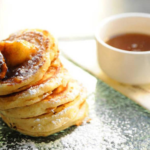 Caramelized banana pancakes @ Stanton Social