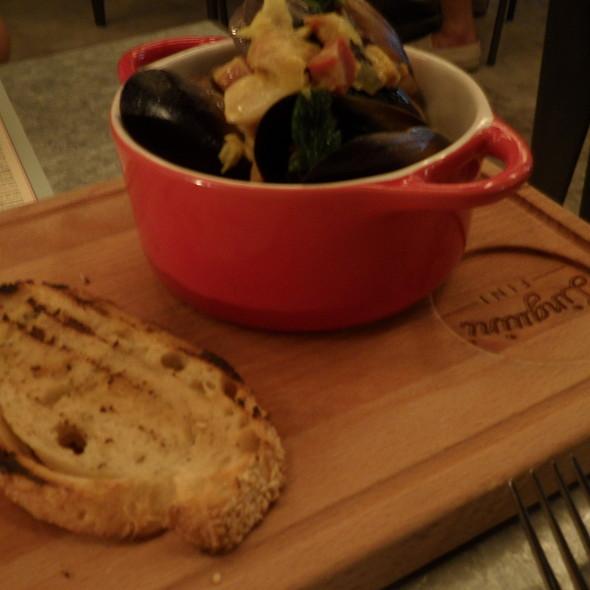 Mussels @ Linguini Fini
