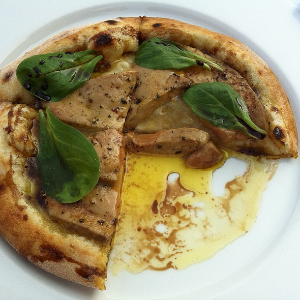 Foie Gras Pizza @ Hergetova Cihelna