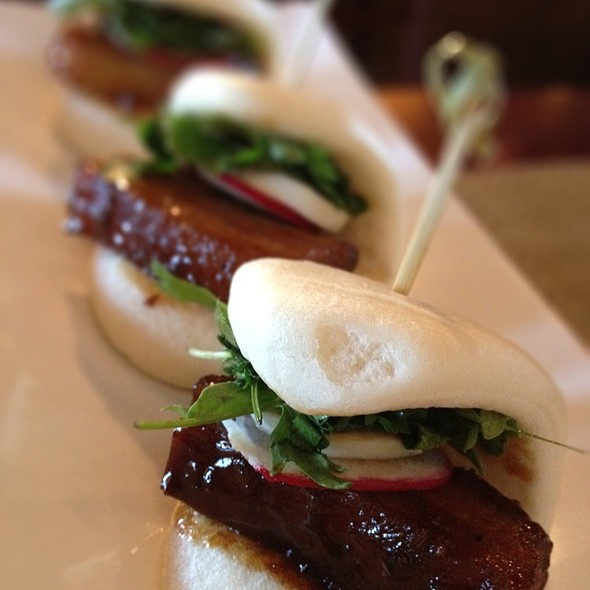Pork Belly Steamed Buns @ Bachi Burger