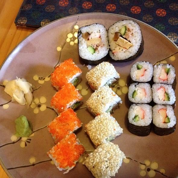 California Party Sushi @ Cafe Bunka