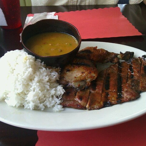 Bourbon Bbq Ribs , Chicken @ Sabrosura Restaurant