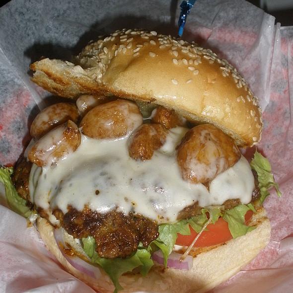 Cheeseburger @ Clocked