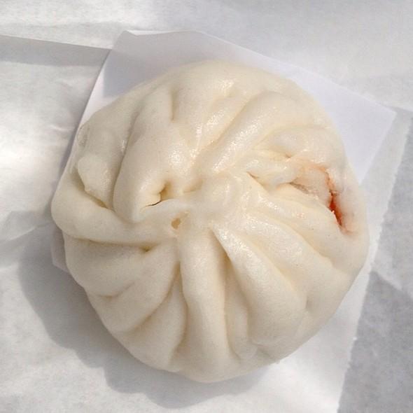 BBQ Pork Bun (char siu bao) @ Tanjong Rhu Pau & Confectionery