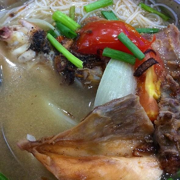Meehoon Sup Ayam Kampung