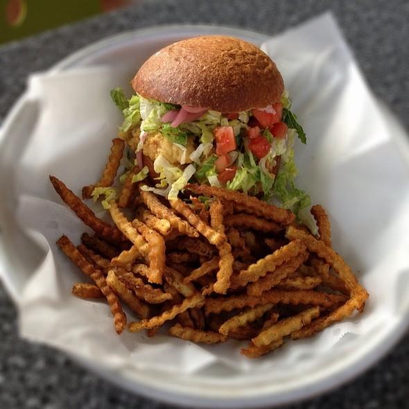 Fried Oyster Sandwich - Urban Grub, Nashville, TN