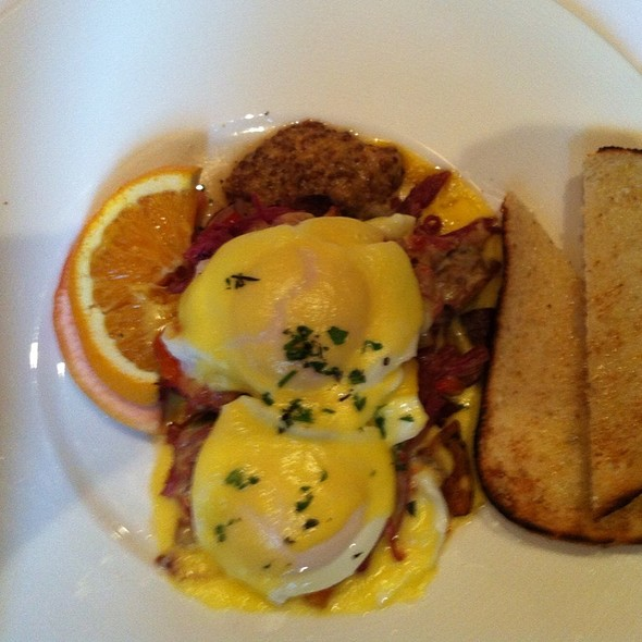 Corned Beef Hash @ Library Bistro
