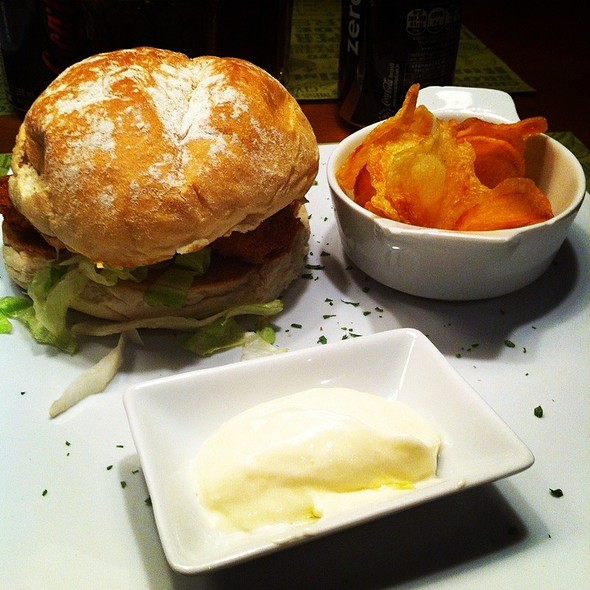 Chicken Burger @ Black Pepper &CO