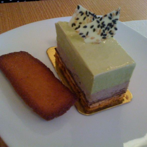 matcha cake @ La Bamboche Patisserie