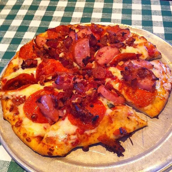 Sweet Lil' Razorback Pizza
