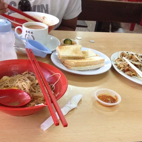 Sarawak Laksa @ Chong Choon Cafe