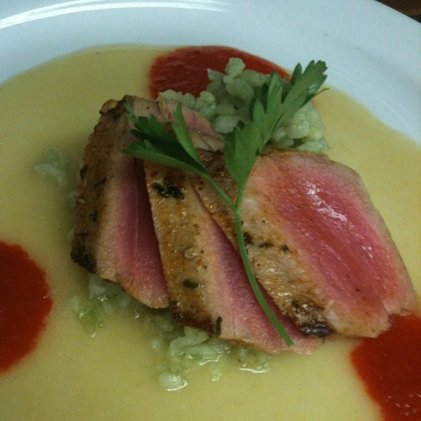 Chili Seared Ahi Tuna @ Cafe Margaux Restaurant