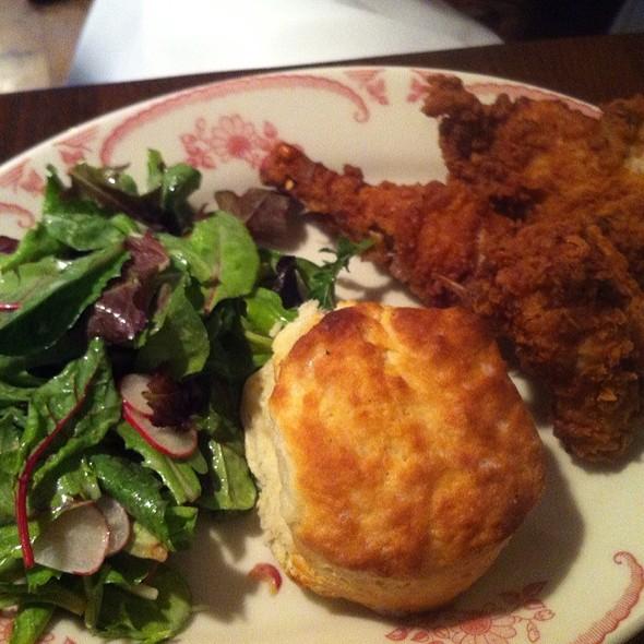 fried chicken @ Bobwhite Counter