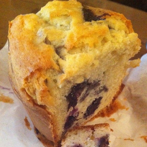 Blueberry Muffin @ Dose Espresso
