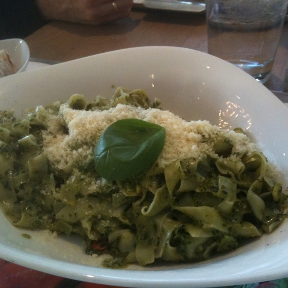 Penne Spinach Pesto