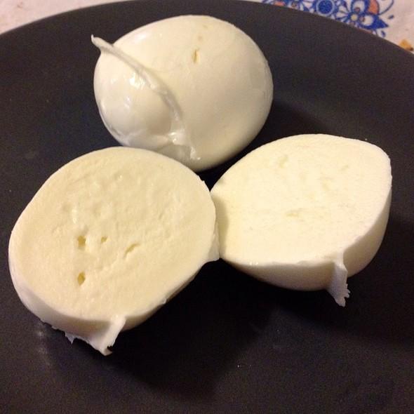Mozzarella Di Bufala @ Delicatessen & Food Antichi Sapori