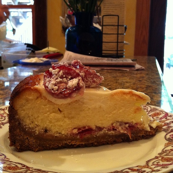 Sugar Plum Cheesecake @ The Fat Tuscan Cafe