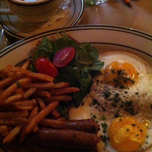 Merguez and Eggs @ Le Barricou