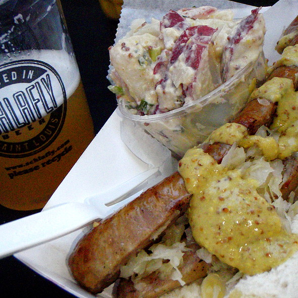 Schlafy Hefeweizen Sausage @ The Sausage Syndicate