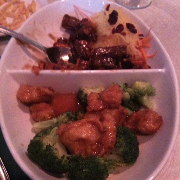 Veggie Gen Tso's Chicken/ Beef Pecan w/ Yam @ The Vegetable Garden