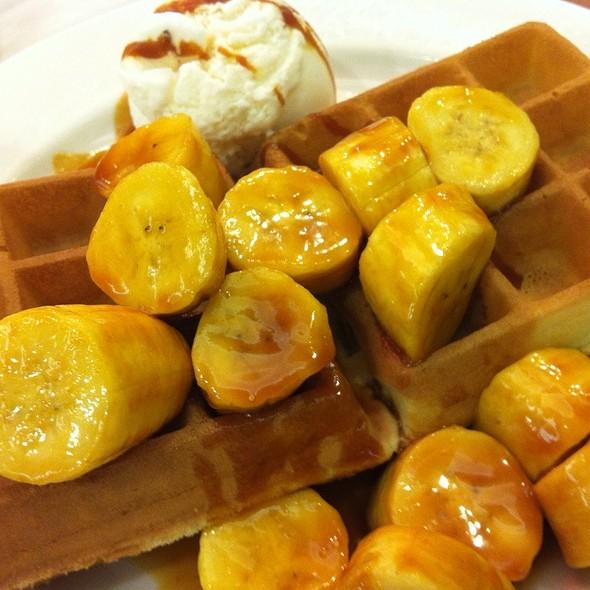 Banana Caramel Waffles @ Waffle World