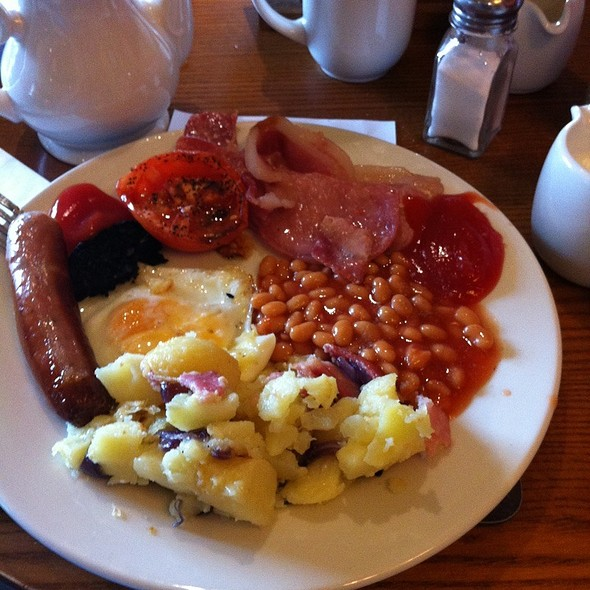 Breakfast @ Toby Carvey