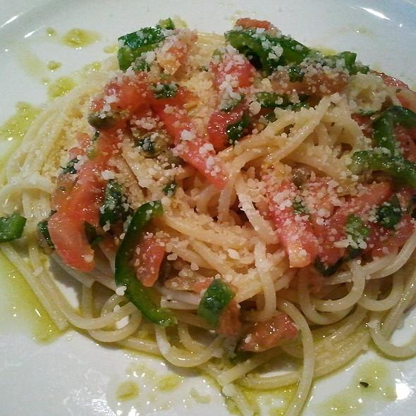 Spaghetti with Capers Sauce @ Mi Casa. My Home