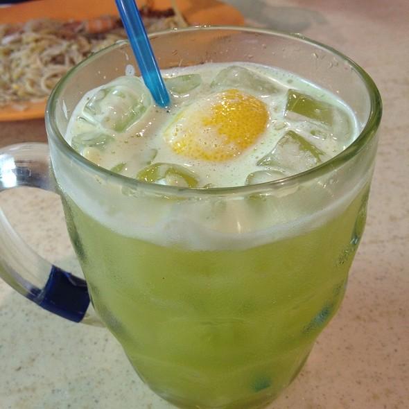 Sugar Cane Juice with Lemon
