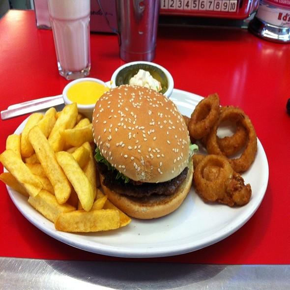Big Buba Bacon N Cheese  @ Ed's diner