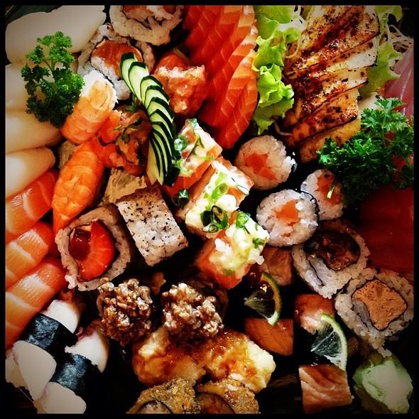 Sushis e Sashimis @ Tsuyoi Sushi Bar