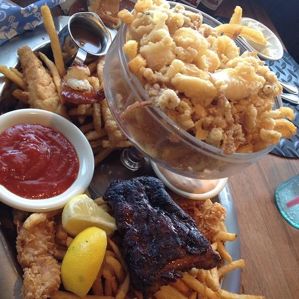 Sampler Platter - Paradise Cove Beach Cafe, Malibu, CA
