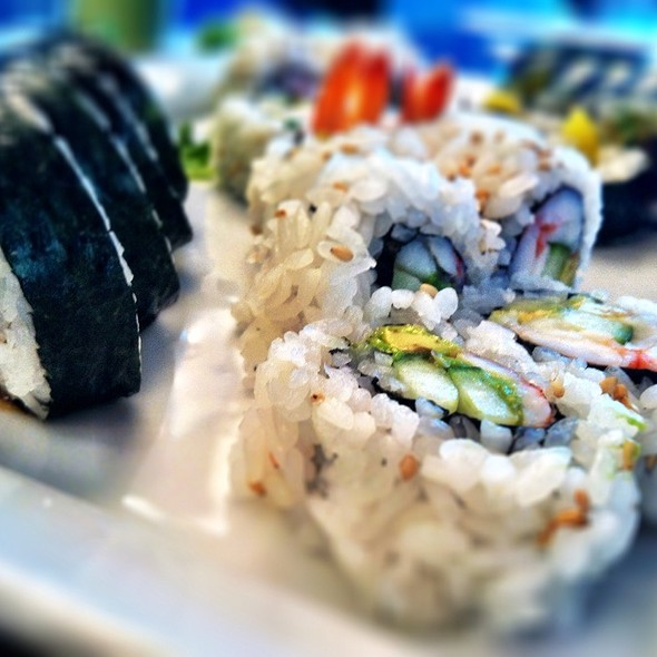 La Roll - Hapa Sushi Grill & Sake Bar - Cherry Creek, Denver, CO