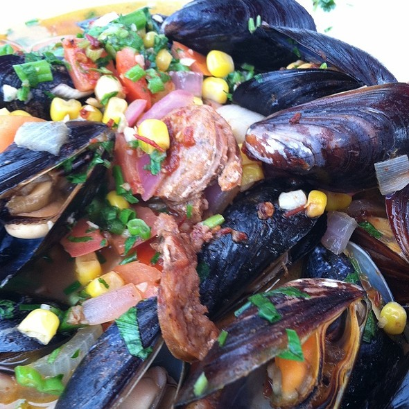 Muscles @ The Landing Restaurant