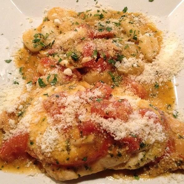Pollo Alla Caprese @ Cafe Troia Inc