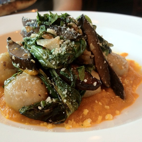 Parmesan Gnocchi With Roasted Carrot Sauce & Aged Balsamic Glazed Portabella Mushrooms @ Pizzology