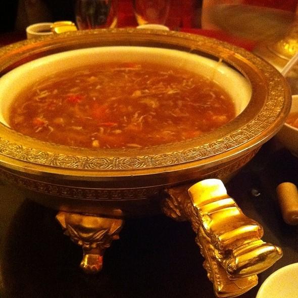 shark fin soup @ Pacificana Restaurant