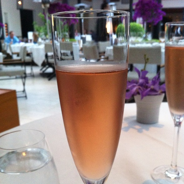 Rose Champagne @ Wolfgang Puck at Hotel Bel-Air