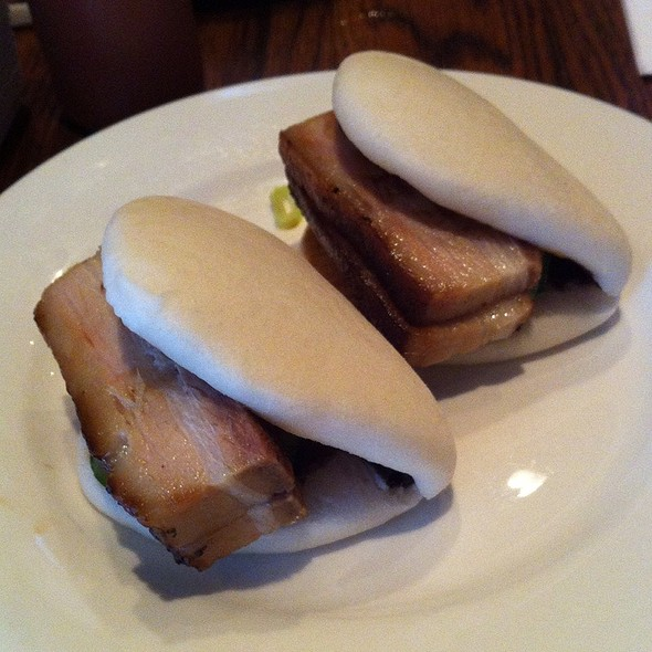 Steamed Buns with pork