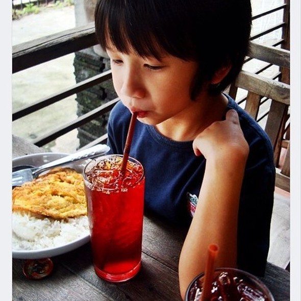 thai style iced black tea   ชาดำเย็น @ Jatujak Weekend Market