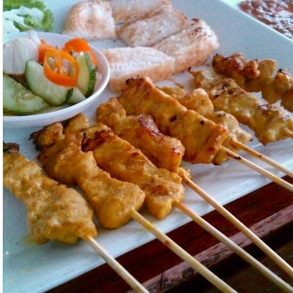 Pork Satay | หมูสะเต๊ะ @ Pair Ing Nam