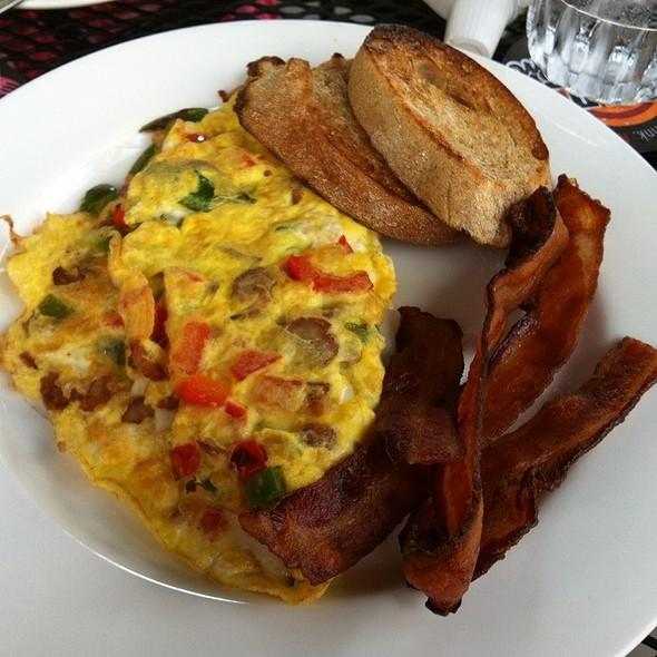 Omelette @ Colgate Inn