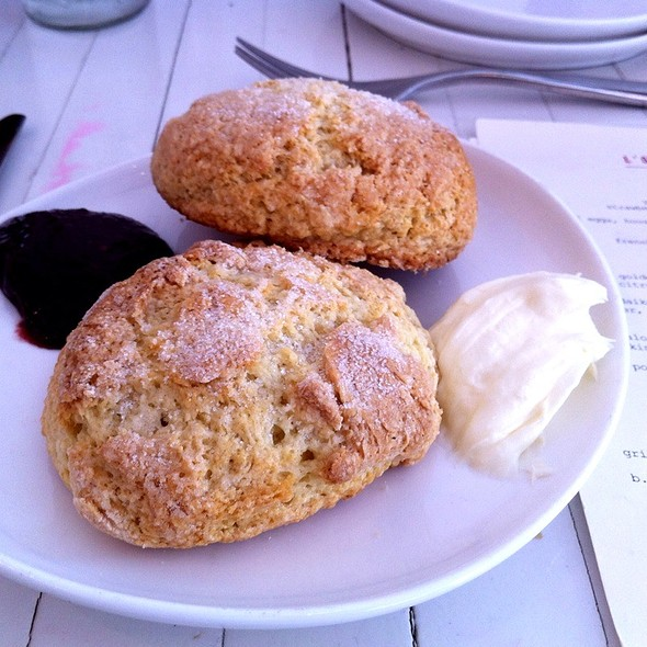 Fresh Baked Scones - L'ouvrier, Toronto, ON