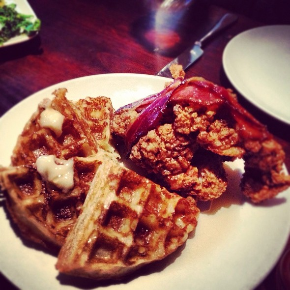 Fried Chicken And Waffle @ Zero Zero