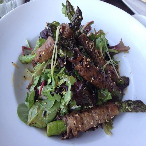 Beef Salad With Asparagus - Kabuki Japanese Restaurant - Old Pasadena, Pasadena, CA