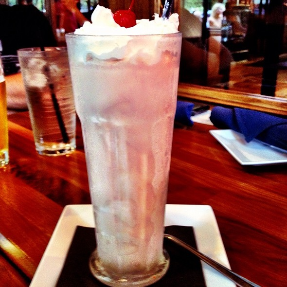Strawberry Milkshake @ Bru Burger Bar
