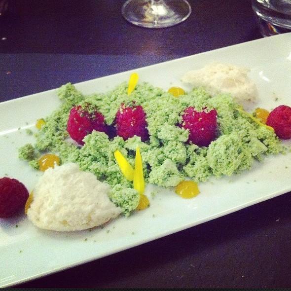 Pistachio Snow Dessert @ Esens'all