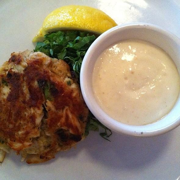 crab cake @ Glenn's Diner